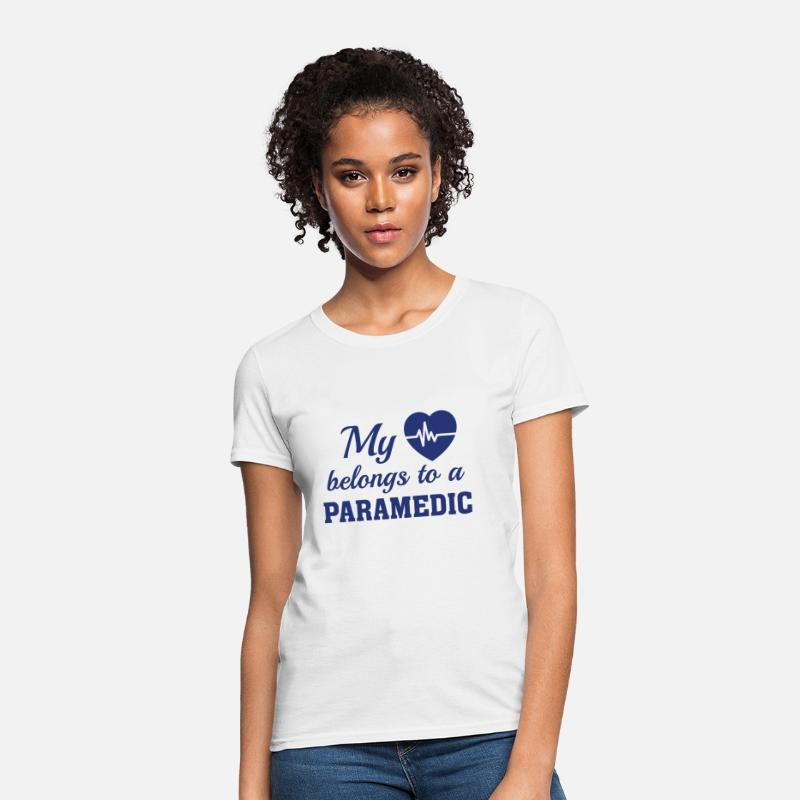Love T-Shirts - Heart Belongs Paramedic - Women's T-Shirt white