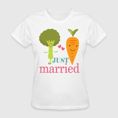 Just Married Vegan Couple - Women's T-Shirt