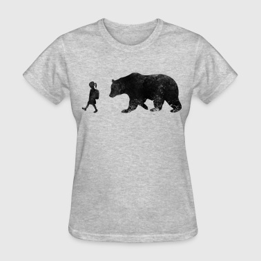 girl and bear - Women's T-Shirt