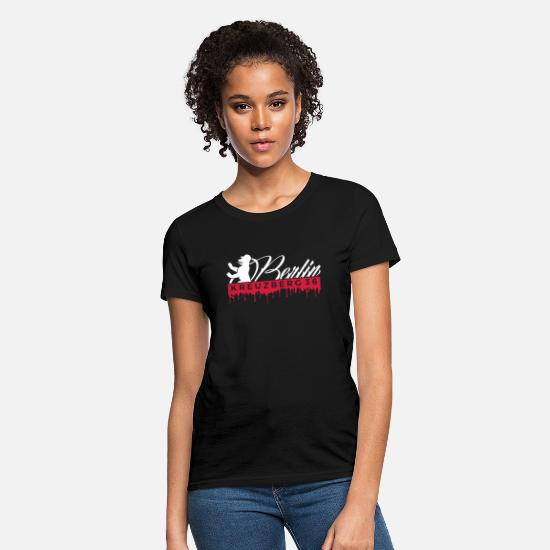 Friedrichshain T-Shirts - Berliner Bear Kreuzberg 36 Hood Chiller Berlin - Women's T-Shirt black