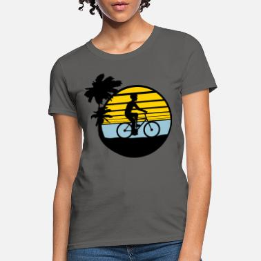 Sea holiday vacation palm trees sea beach sun round bi - Women's T-Shirt