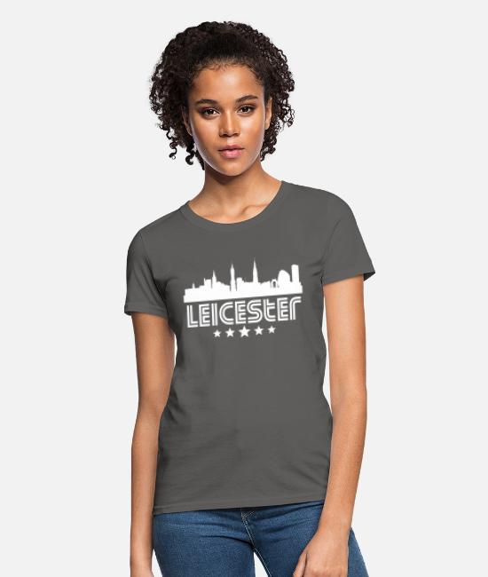 English T-Shirts - Retro Leicester Skyline - Women's T-Shirt charcoal