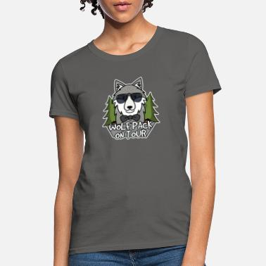 On Tour Wolfpack on tour - Women's T-Shirt