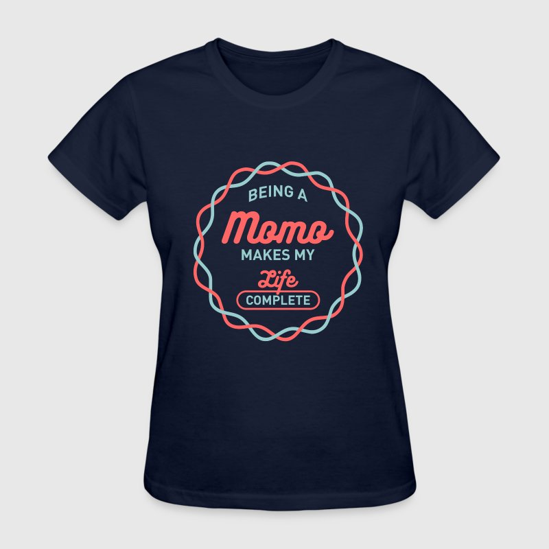 Being Momo - Women's T-Shirt
