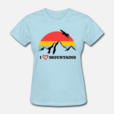 Hiking I love hiking with mountain panorama and eagle - Women's T-Shirt