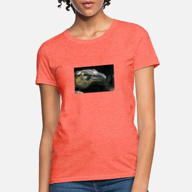 Lace monitor during the day. - Women's T-Shirt