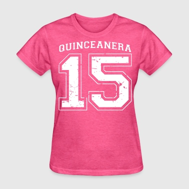 Quinceanera 15 quince distressed - Women's T-Shirt