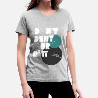 Pi Day U-Kiss - Don't deny our r squared pi - Women's V-Neck T-Shirt