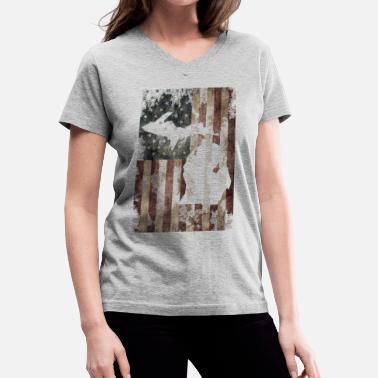Usa Flag Michigan USA United States Made Michigan Vintage Flag  - Women's V-Neck T-Shirt