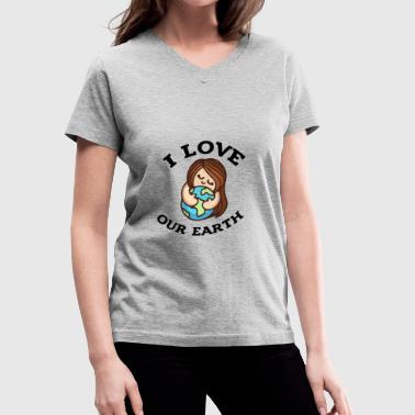 Earth day 2017 I love our earth - Women's V-Neck T-Shirt