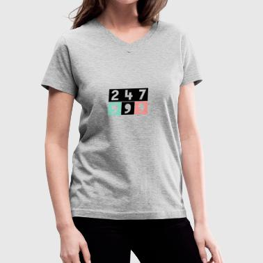 24:7 Commas - Women's V-Neck T-Shirt