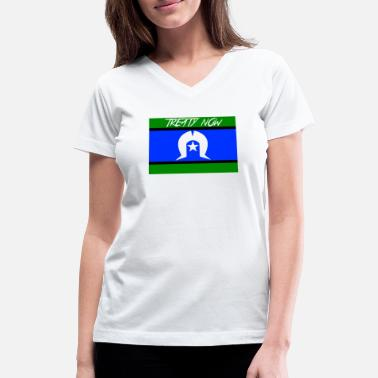 Treaty torres strait flag treaty - Women's V-Neck T-Shirt