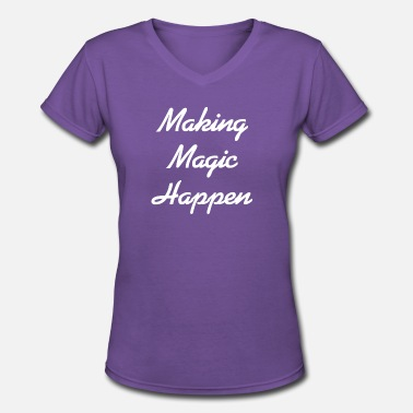 Selfconfidence Making Magic Happen - Women's V-Neck T-Shirt