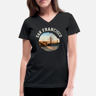 Gate San Francisco Golden Gate - Women's V-Neck T-Shirt