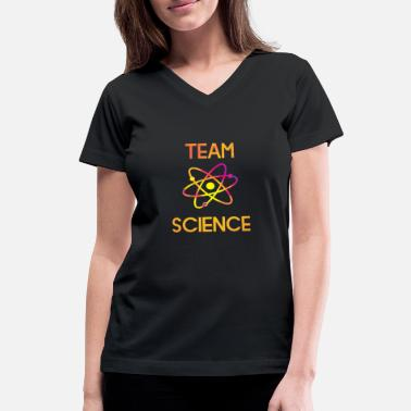 Periodic Table Slogan TEAM SCIENCE with atom - Women's V-Neck T-Shirt