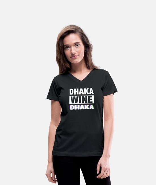 Tourist T-Shirts - Dhaka Bangladesh Wine - Women's V-Neck T-Shirt black