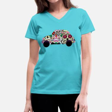 Fiat Abarth classicskulls2 - Women's V-Neck T-Shirt