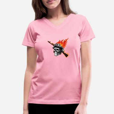 solidier skull - Women's V-Neck T-Shirt