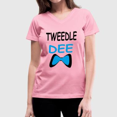 tweedle dee - Women's V-Neck T-Shirt