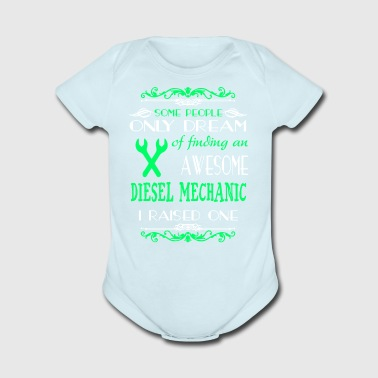 Finding An Awesome Mechanic T Shirt - Short Sleeve Baby Bodysuit