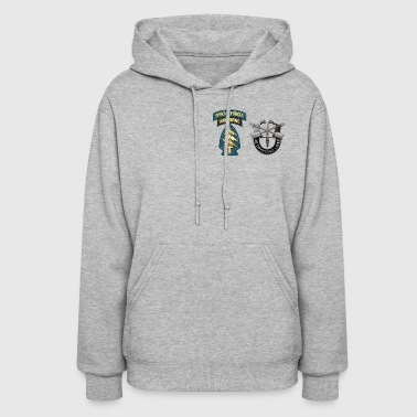 U S Army Special Forces Green Berets SSI DUI - Women's Hoodie