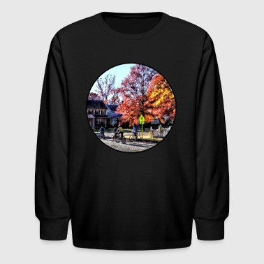 Group Riding Home From School - Kids' Long Sleeve T-Shirt