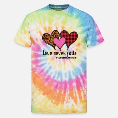 Love never fails leopard heart graphic t-shirt