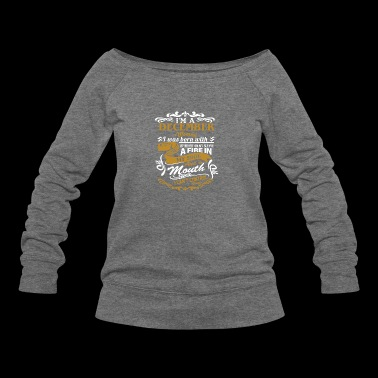 I'm a december woman I was born with my heart - Women's Wideneck Sweatshirt