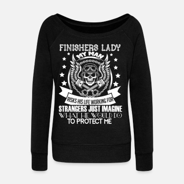 Wife I'm A Finisher's Lady T Shirt - Women's Wide-Neck Sweatshirt