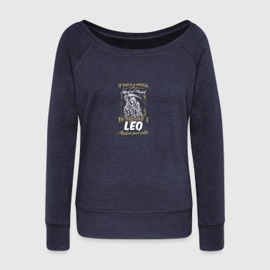 CALM LEO - Women's Wideneck Sweatshirt
