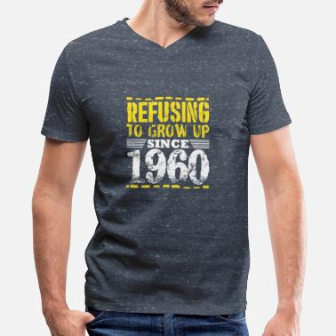 Gold Refusing To Grow Up Since 1960 Vintage Old Is Gold - Men's V-Neck T-Shirt