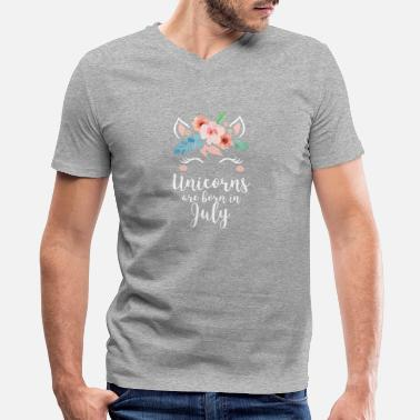 Magic Unicorns Are Born In July Shirt Birthday Month - Men's V-Neck T-Shirt