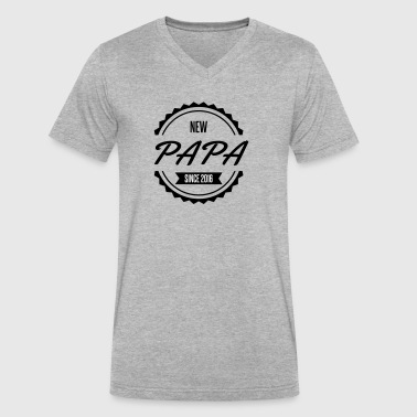 new papa since 2016 - Men's V-Neck T-Shirt by Canvas