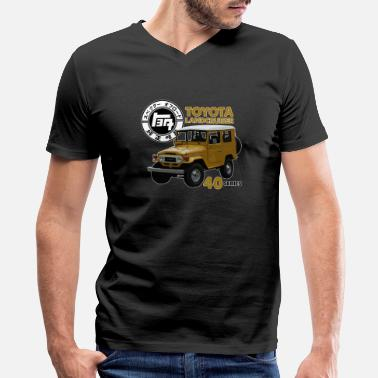 Landcruiser MUSTARD FJ40 WITH RETRO LOGO - Men's V-Neck T-Shirt