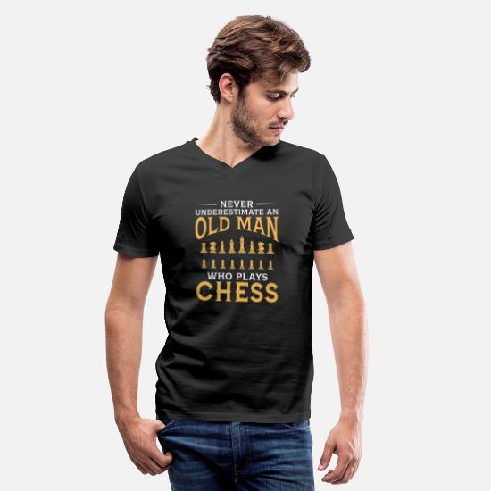 Never T-Shirts - funny An Old Man Who Plays Chess - Men's V-Neck T-Shirt black