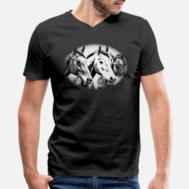 Horse, horse head, ride, foal, mane, saddle - Men's V-Neck T-Shirt