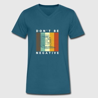 Camera Don't Be Negative Retro Colors Vintage - Men's V-Neck T-Shirt by Canvas