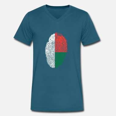 Madagascar madagascar - Men's V-Neck T-Shirt by Canvas
