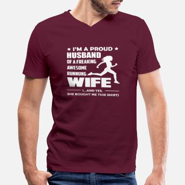 Marathon I'm a Proud Husband Of A Freaking Awesome Runner - Men's V-Neck T-Shirt