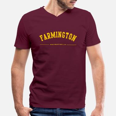 Strike FARMINGTON - Men's V-Neck T-Shirt