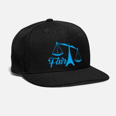 Judge judge fair - Snap-back Baseball Cap