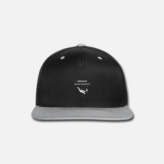 Water Sports Caps - i breathe under water for diving - Snapback Cap black/gray