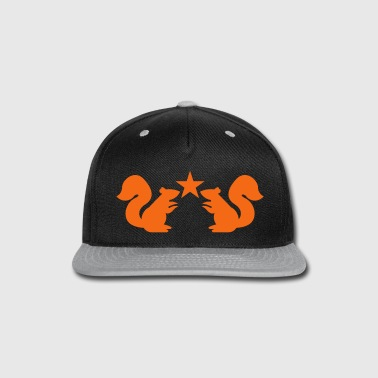 squirrels emblem cute with star rampant - Snap-back Baseball Cap