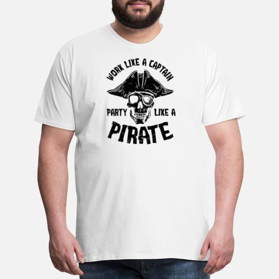 Captain Mom Pirate Tee Funny Mother In Charge Sailor Gift