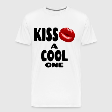 cool one kiss - Men's Premium T-Shirt