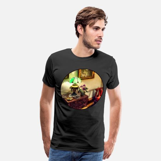 Americana T-Shirts - Cozy Parlor with Flower P - Men's Premium T-Shirt black