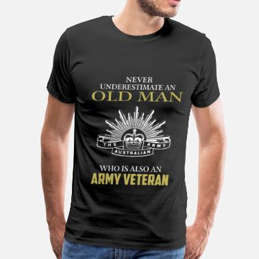 Army Veteran Military Police Old man who is Army veteran - Never underestimate - Men's Premium T-Shirt