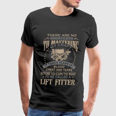 Lift fitter - I takes years of blood and tears tee - Men's Premium T-Shirt