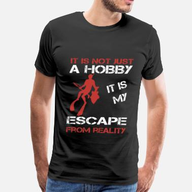 Spear Fishing Spearfishing-It is my escape from reality - Men's Premium T-Shirt