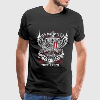 Emiliano Zapata – It's better to die on your fee - Men's Premium T-Shirt